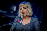 Gwenno. Glastonbury Park Stage. 2016.