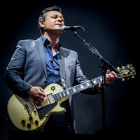 James Dean Bradfield. Manic Street Preachers.  Swansea Liberty Stadium. May 2016.